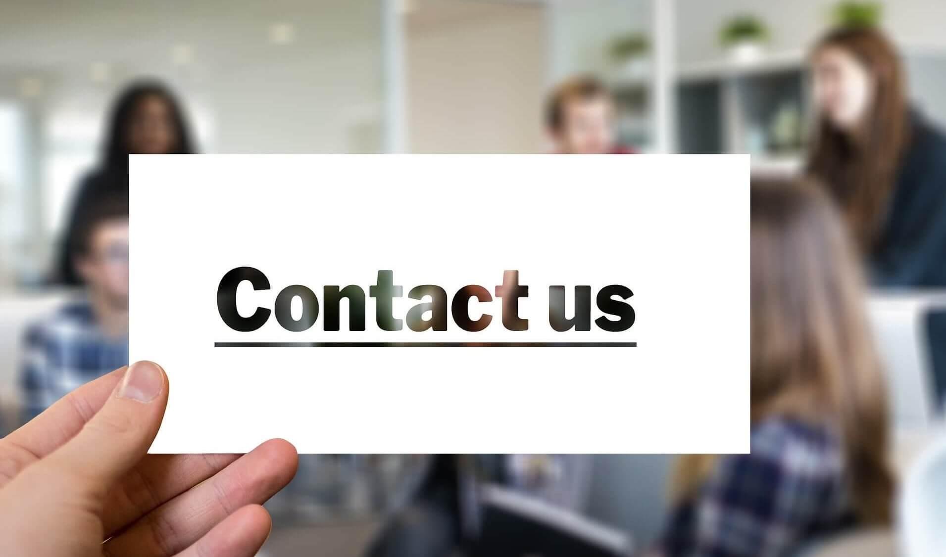 Formularz kontaktowy – czy warto mieć go na stronie?